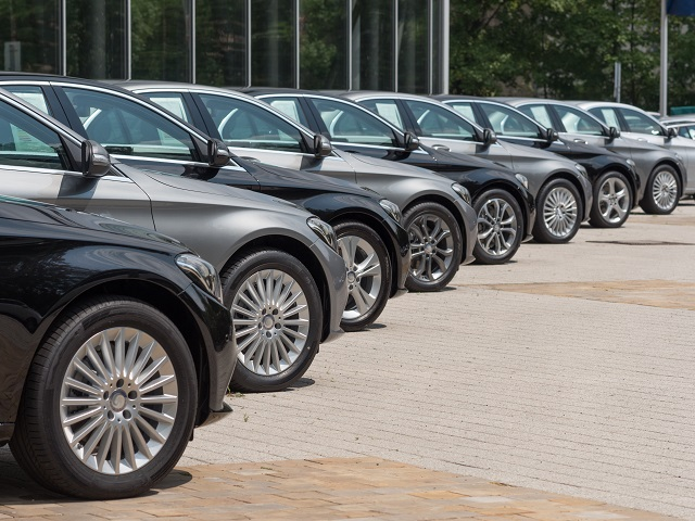 Cabinet of Ministers, vehicles, Independence Day