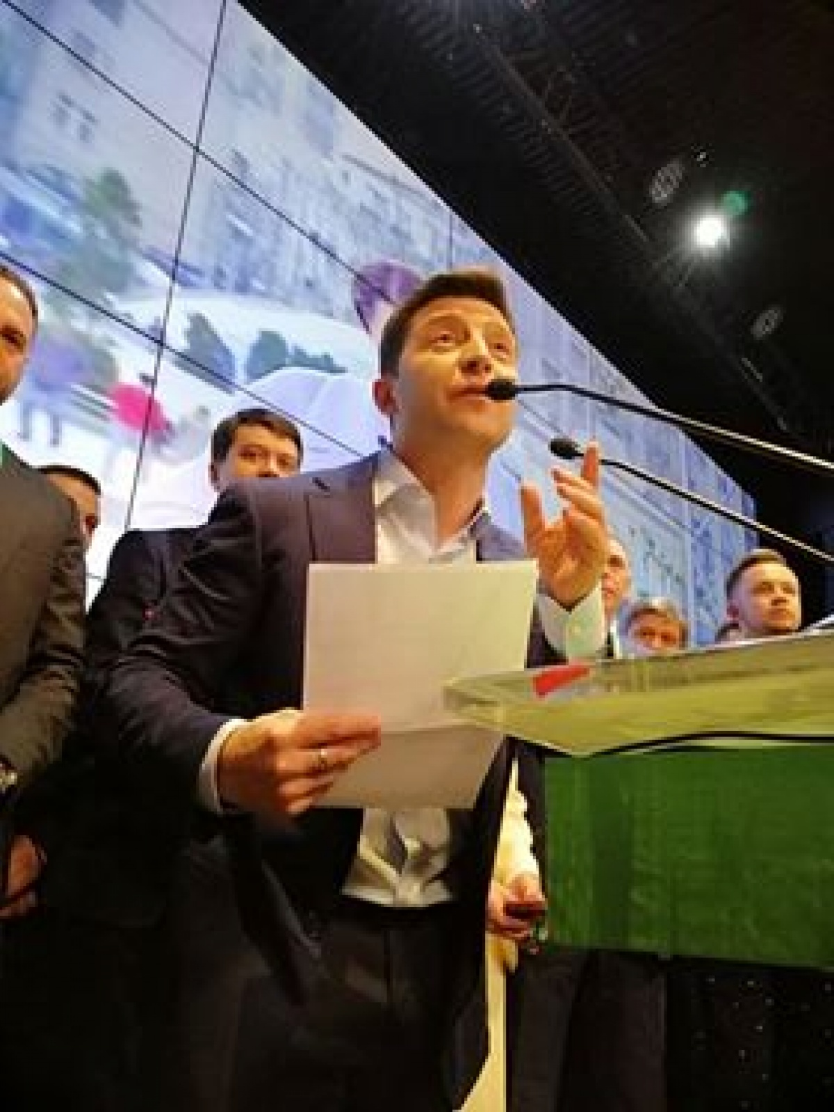 President, presidential election, briefing, 1+1 TV Channel, presidential candidate, mass media, Volodymyr Zelenskyi